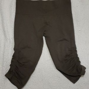 LULULEMON Ebb to Street Brown Capri Pants